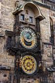 Astronomische-Uhr-Altstaedter-Rathaus-_01.jpg