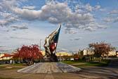 Denkmal-des-Widerstandes-im-2-Weltkrieg_01.jpg
