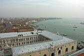 Dogenpalast-und-Canale-di-San-Marco.jpg